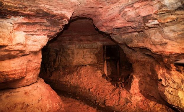 Загадките на Саблинските пещери край Санкт Петербург и изчезват ли хора там