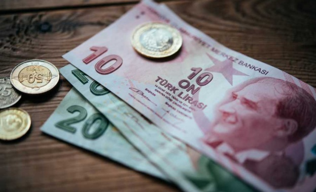Турската лира поскъпна рязко