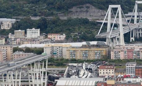Концесионерът на рухналия мост Генуа готов да построи нов за 8 месеца