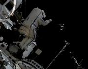 Руските космонавти на МКС излязоха в открития Космос