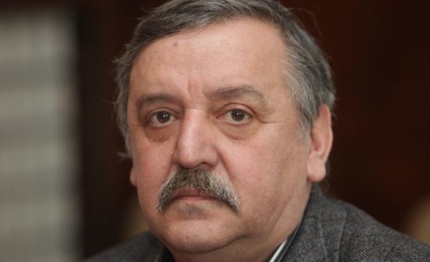 Проф. Тодор Кантарджиев: Сега е подходящото време за антигрипна ваксина