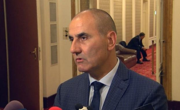 Цветанов: Отсрочването на дълговете на вероизповеданията ще бъдe до 10 г.