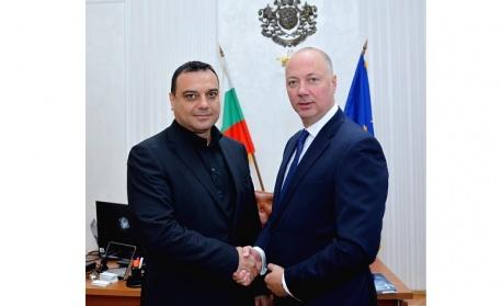 Росен Желязков прие управлението на МТИТС от  Ивайло Московски