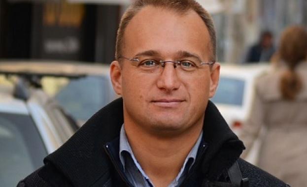 """Общинският съветник, съпредседател на """"Политическа група 5"""