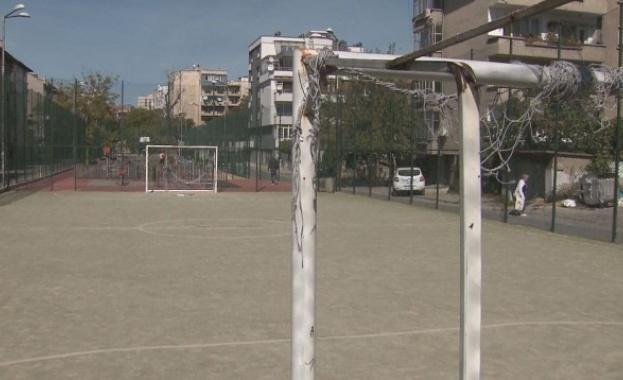 Почина момчето, премазано от футболна врата в Пазарджик