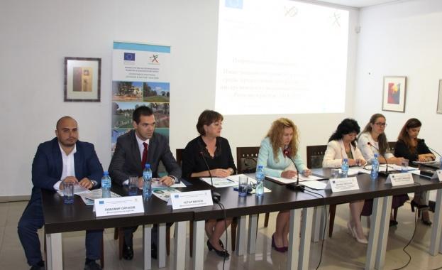 Деница Николова: До 2020 г. ще обновим над 80% от образователната инфраструктура в страната