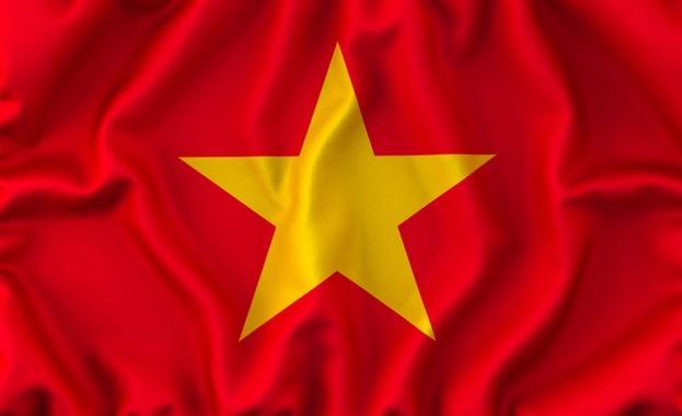 Виетнам притиска ИТ гигантите със закон