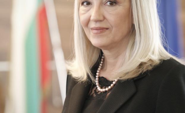Министър Аврамова: Работим за балансирано развитие на регионите