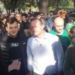 Арестуваха кандидат-президент на Грузия, след като раздаде 3 цигари с марихуана