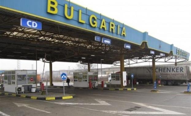 Хиляди румънски туристи се очаква да преминат през ГКПП Дунав
