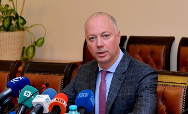 Министър Росен Желязков: Лично се ангажирам с актуализирането на законодателството в електронните съобщения
