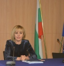 Мая Манолова: Подкрепям гражданското право на протест