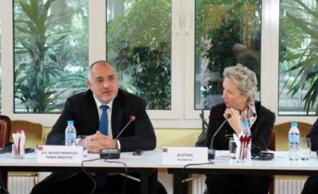 Премиерът на работна закуска с посланиците на държавите от ЕС