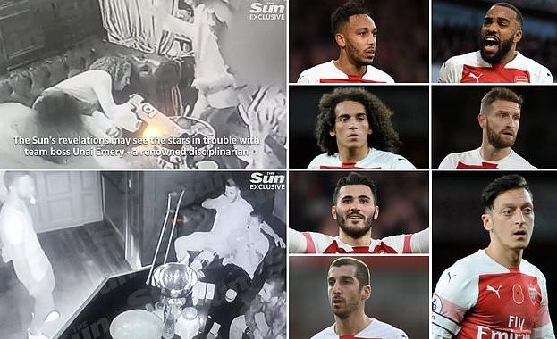 """Звездите на """"Арсенал"""" се замесиха в скандал"""