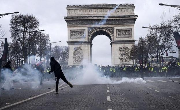 """Френските """"жълти жилетки"""" се готвят за пореден, по-многолюден протест"""