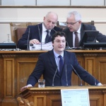 Зарков: България е страна на космонавти, а катастрофира пред изискване за машинно гласуване