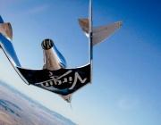 """Кораб на """"Върджин галактик"""" извърши първия успешен пилотиран полет до Космоса"""