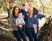 Очарователна коледна снимка на Кейт, Уилям и трите им деца