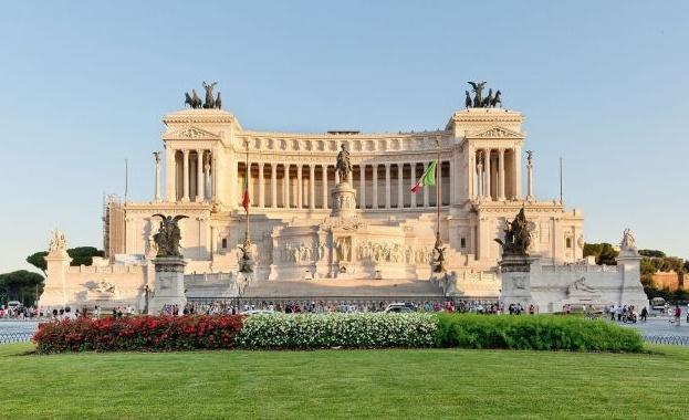 Планирате пътешествие до Италия тази година и търсите начини да