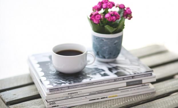 Преглед на печата за 12 октомври