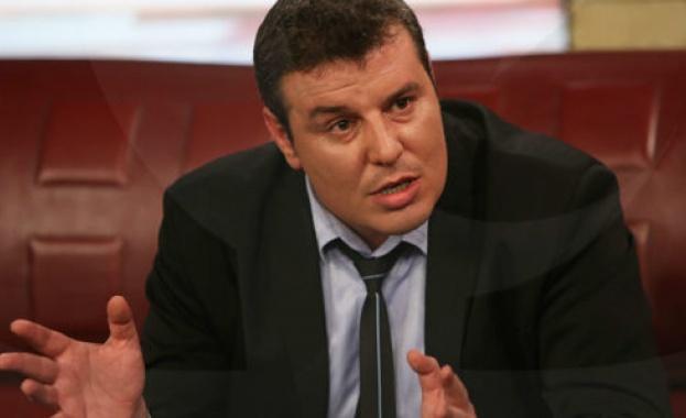 Димитър Евлогиев: Лъжата и демагогията са стил на работа в здравното министерство