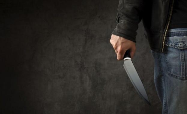 Мъж от Шумен намушка с нож майка си. От полицията