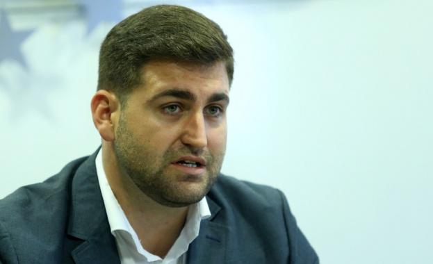 Андрей Новаков за Венецуела: Не може да се снишаваме, правителството прояви характер