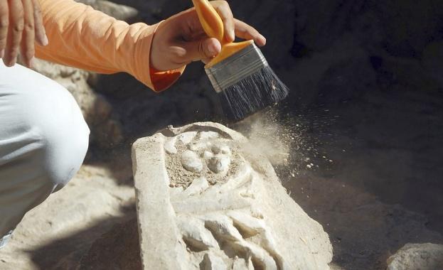 Учени откриха тленни останки от загадъчен древен човек