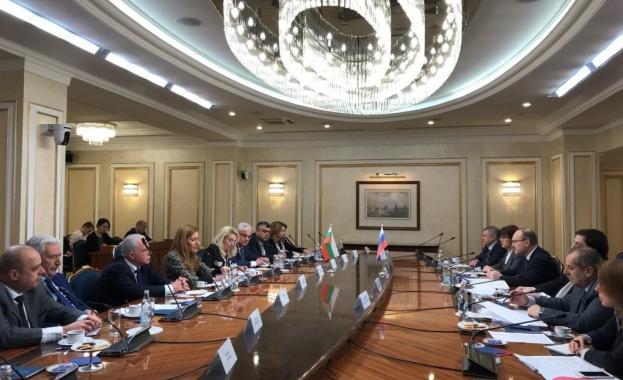 Ангелкова: Работим за увеличаване на потока от руски туристи в България