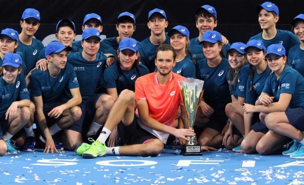 Руснакът Медведев триумфира на Sofia Open