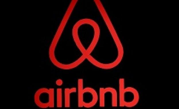 Париж готви рекордна глоба за Airbnb заради нелегални реклами