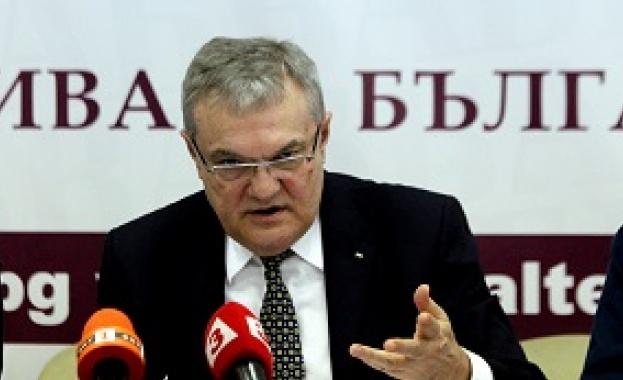 Румен Петков: Повече от месец в БСП не се говори за лява политика