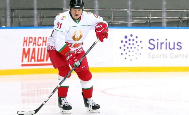Руският президент Владимир Путин се контузи на хокеен мач, съобщи