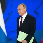 Путин забрани обидите срещу държавата в Интернет