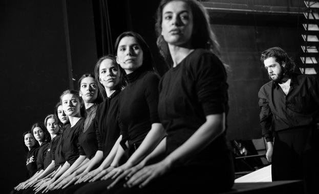 """""""Одисей"""" на Диана Добрева - една притча за безсмъртния Пловдив и пътуващия човек"""