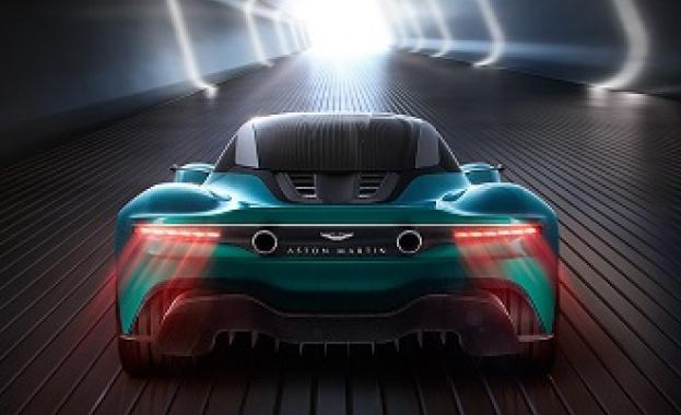 Джеймс Бонд ще шофира електромобил в новия филм