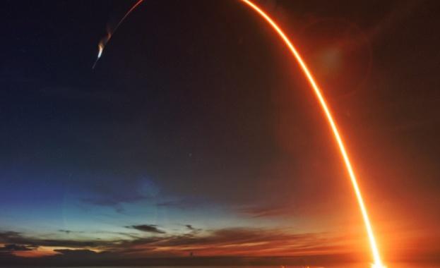 Снимка: Комерсиален проект на SpaceX застраши научен спътник