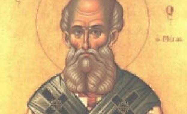 Свети Евмений още от младите си години благоугодил на Бога
