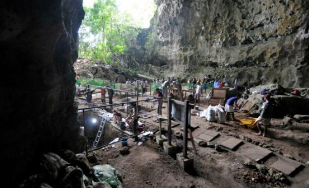 Тринадесет кости на хоминин, открити в една пещера във Филипините,