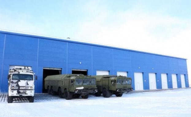 Показаха руски ракетни установки С-400 на централния площад в Севастопол