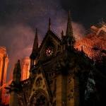 Руската църква: Пожарът в Нотр Дам е страшна поличба