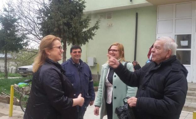 Снимка: Деница Златева посети Разградска област