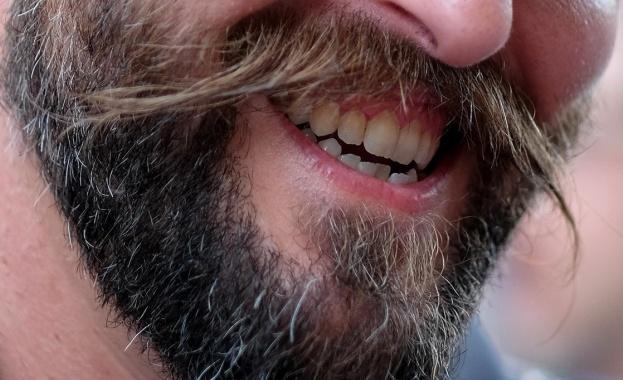 Снимка: Мъжките бради с повече бактерии от кучешка муцуна