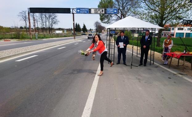 """Снимка: По ОП """"Региони в растеж"""" са ремонтирани още 14 км от пътя Добрич - Кардам"""
