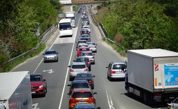 Близо 30 000 автомобила са проверили инспекторите на Националното толуправление