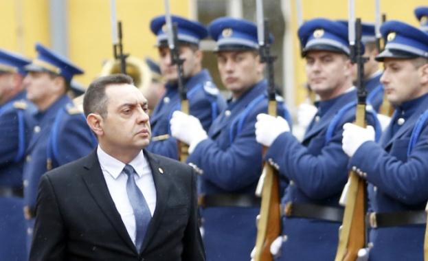 Проруският военен министър на Сърбия коментира, че балканската държава може