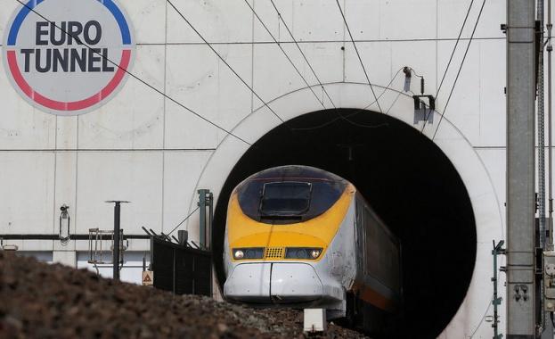 Тунелът под Ламанша