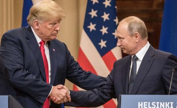 Президентите на САЩ и Русия, Доналд Тръмп и Владимир Путин,
