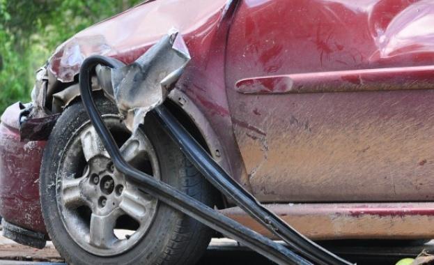 Още една жена е починала след тежката катастрофа на пътя