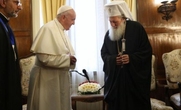 Патриарх Неофит и Светият синод се срещнаха с папа Франциск